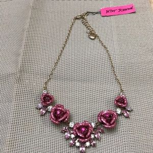 Betsey Johnson rose necklace